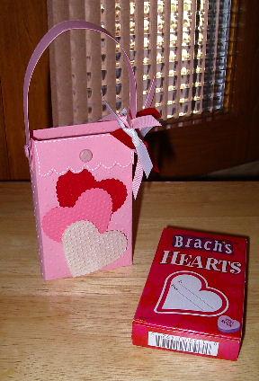 Brachs Heart box