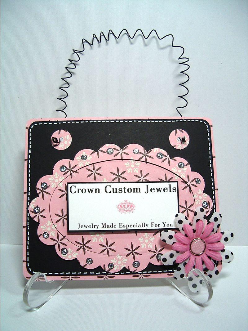 Crown Custom Jewels sign