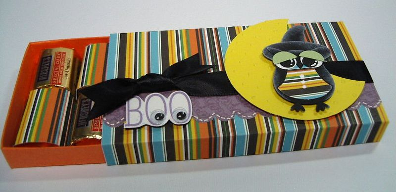 Halloween BOO treat box-inside
