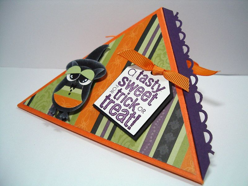 A Tasty Treat Halloween triangle box