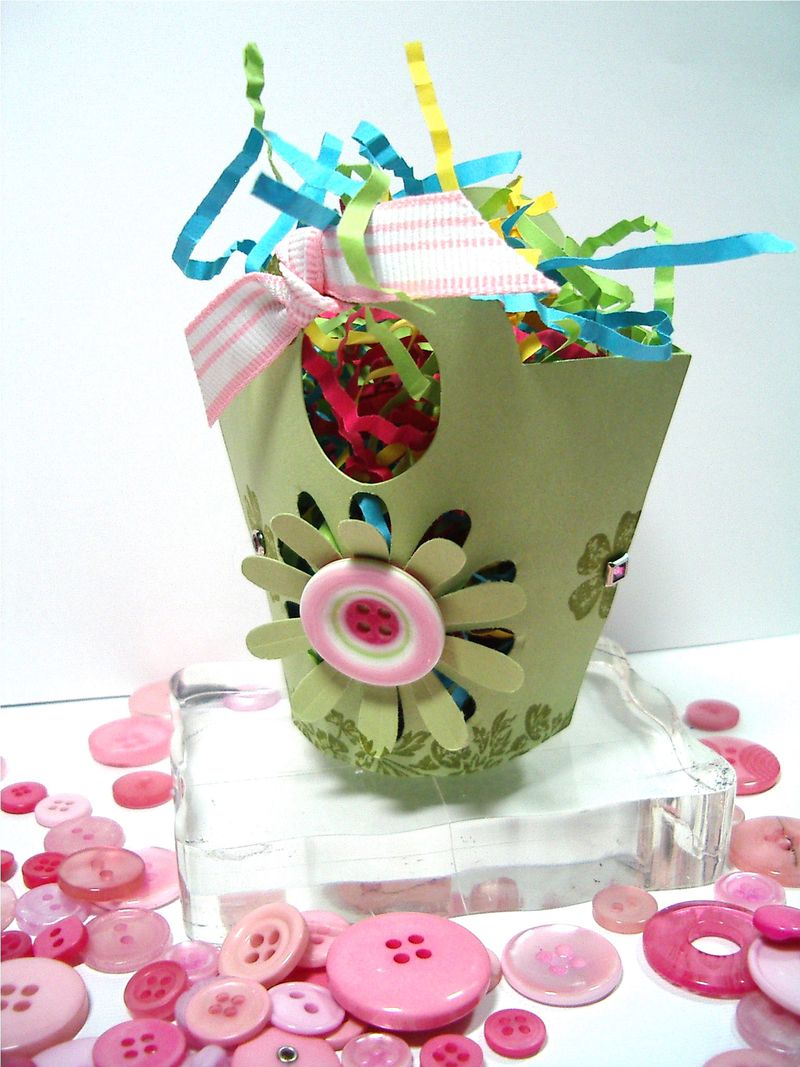 Basket & Bloom pop out daisy basket