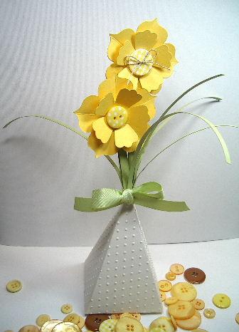 Cone Die - Daffodil Flower vase