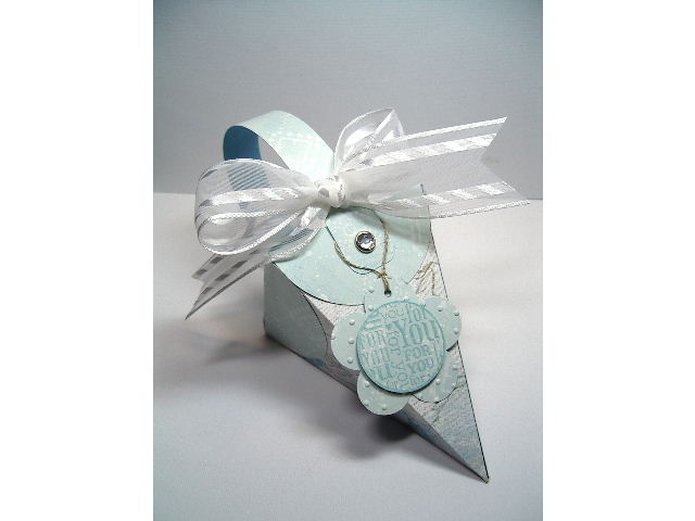 Cone Petal box - in Blue & White