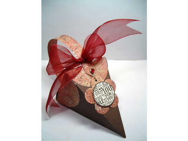 Cone Petal box - in Brown