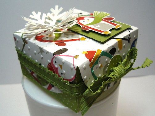 Dec 2011 workshop-Petal Card box #2